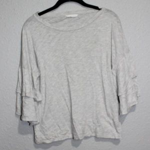 Lush. Ruffled Bell Sleeve Crew Neck Tee Small EUC